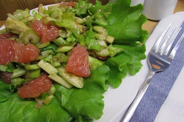 Овощной салат с грейпфрутом