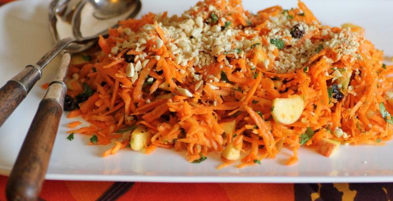 Салат из сырой моркови и грецких орехов