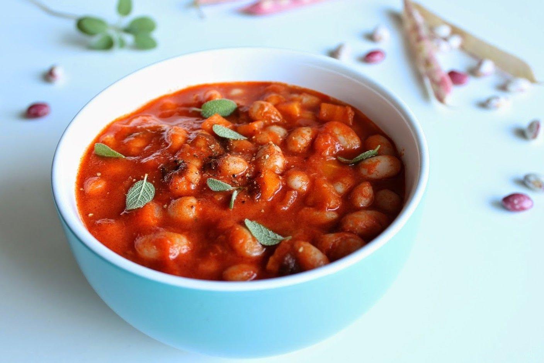 Фасоль по-испански с томатами