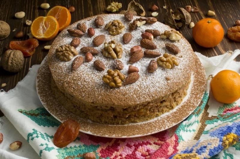 Рецепт веганского торта из сухофруктов и вишни