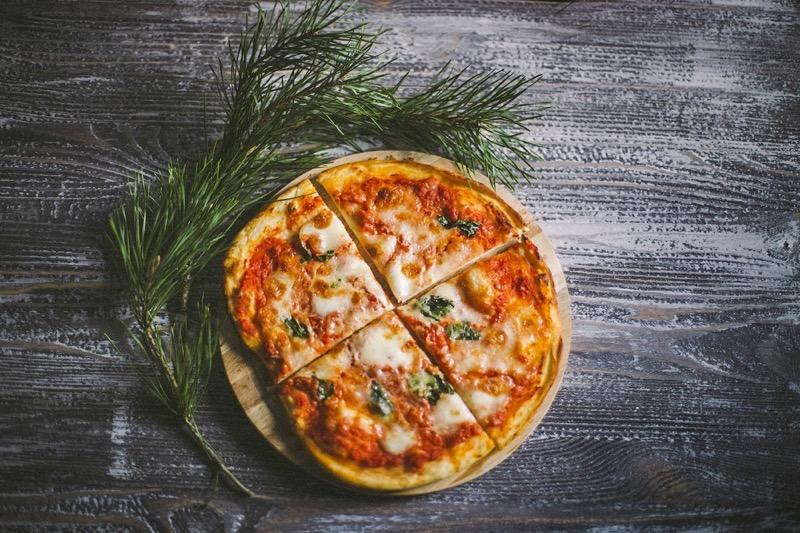 Рецепт вегетарианской пиццы «Маргарита»