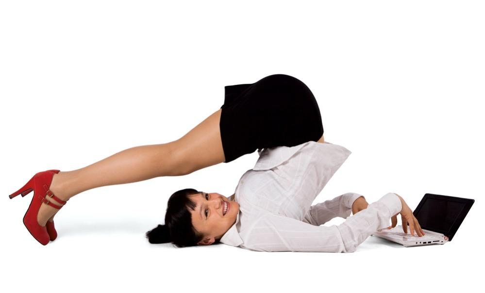 Производственная гимнастика для офисных работников: комплекс упражнений