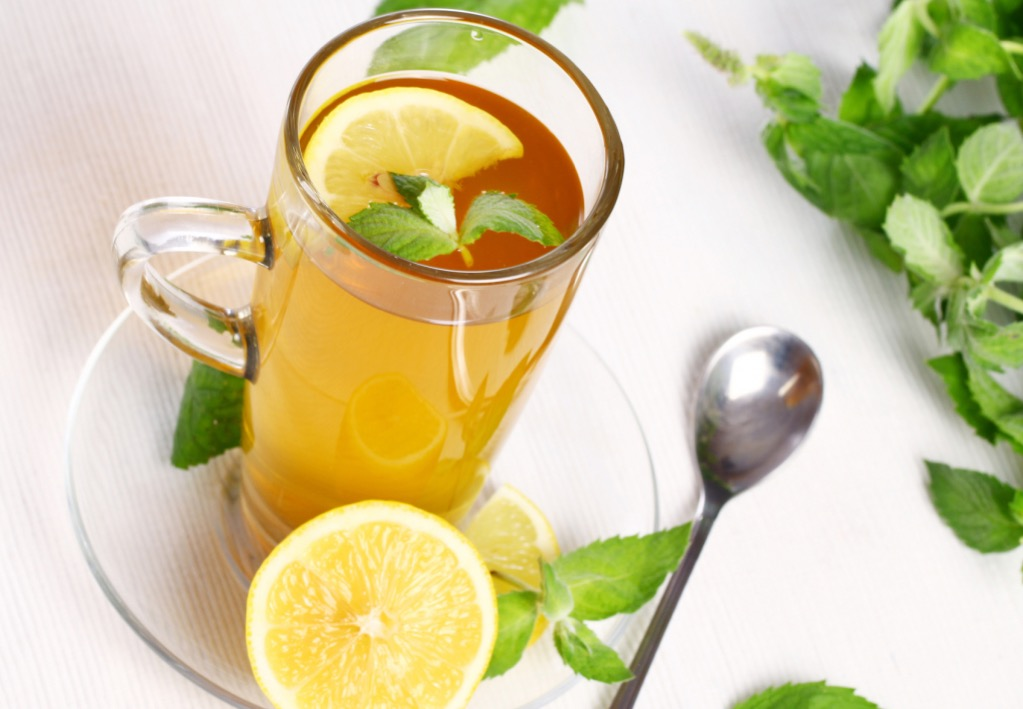 Что добавить в чай с лимоном?