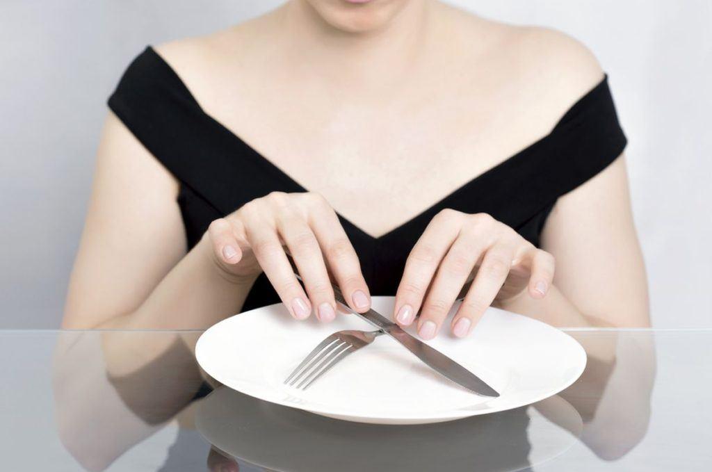 Голодные Диеты На Воде. Голодом по болезням и лишнему весу: голодание 7 дней на воде