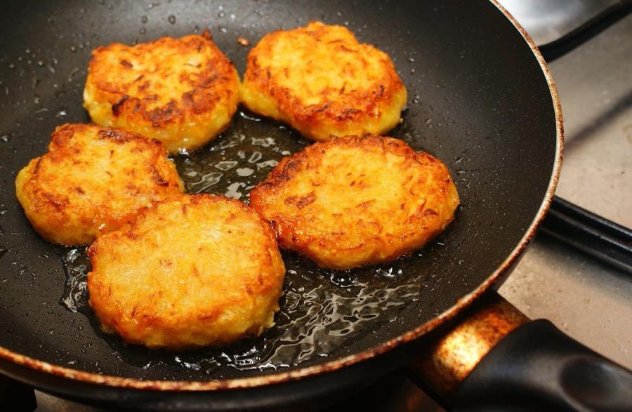 Рецепт картофельных драников на сковороде
