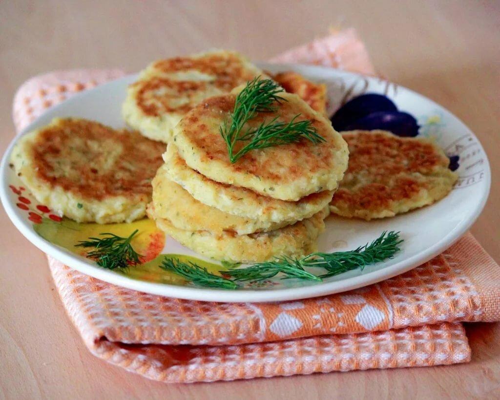 ищу яркое картофельные оладьи из пюре рецепт с фото совсем немного найти