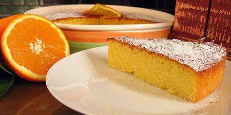 Готовый десерт слегка остужаем и подаем к столу с вкусным чаем
