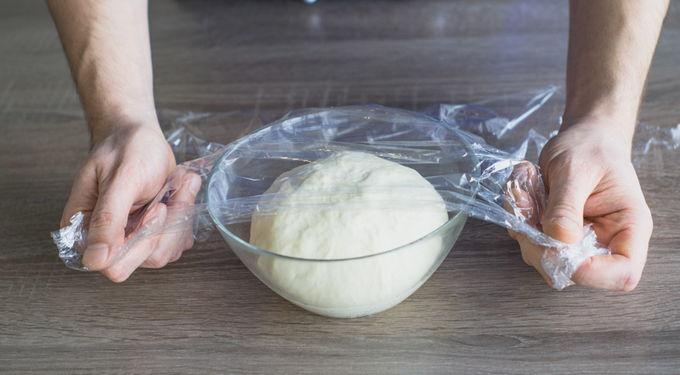 Накрываем пищевой пленкой